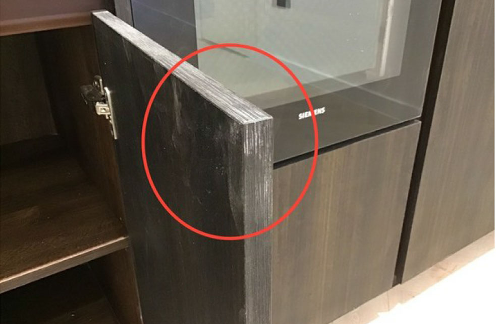 Minor snagging defect in kitchen cabinet