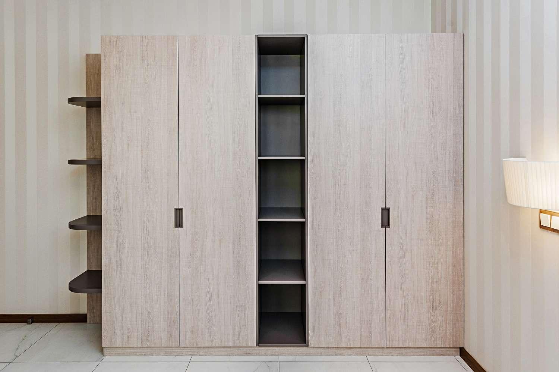 hinged wardrobes design 3